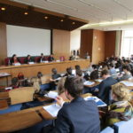 """Bild einer Paneldiskussion im Rahmen der Tagung """"Human Rights Beyond Borders"""""""